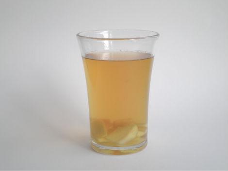 vatten med ingefära